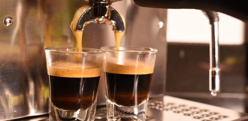 Espresso iz Dervente piju i Italijani