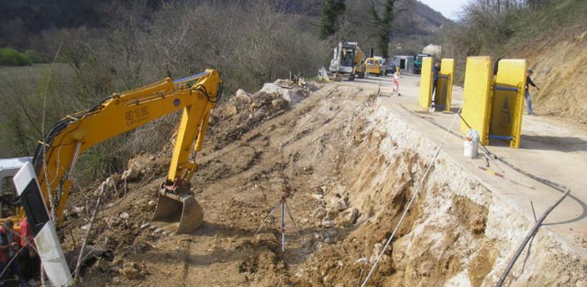 Kompanija Gramat radit će na sanaciji odrona na Gnojničkom potoku