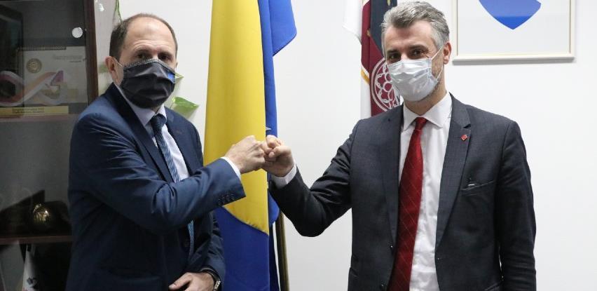 Novoizabrani premijer Kantona Sarajevo Edin Forto preuzeo dužnost