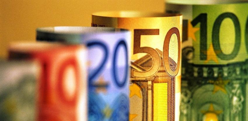 """Eurozona pozdravila """"historijski"""" sporazum o okončanju programa pomoći Grčkoj"""