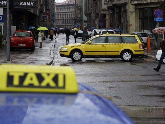Zakon o taksi-prevozu tek treba pokazati rezultate na terenu