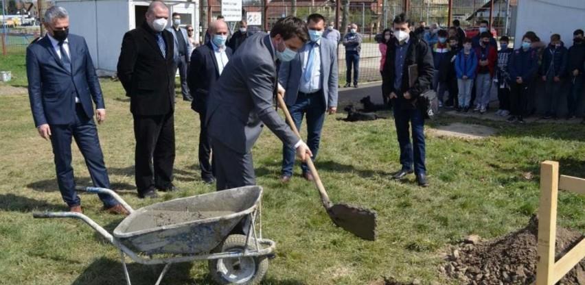 Položen kamen temeljac za izgradnju sportske dvorane u Potočarima