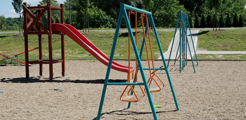 Grad Zenica gradi nova i uređuje postojeća dječija igrališta