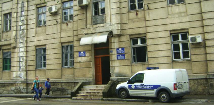 Istekla stogodišnja garancija: Zgrada Suda u Foči dobija novi izgled
