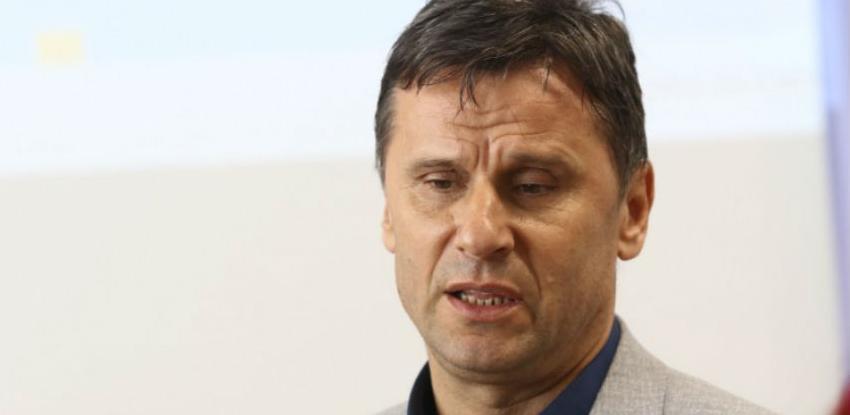 Novalić: Kasarna 'Jajce' data samo na korištenje Gradu Sarajevu