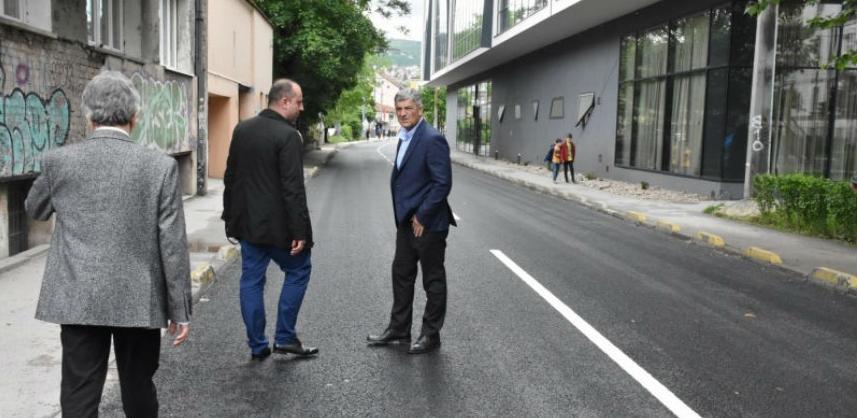 Završeni radovi na obnovi saobraćajnice u Ulici Hamdije Kreševljakovića