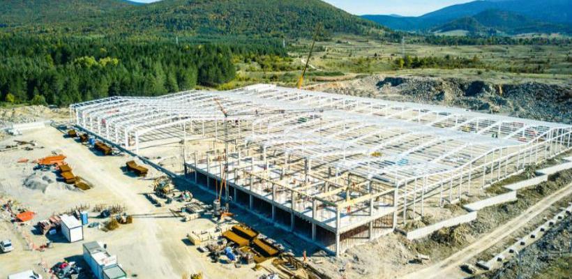 Metaling gradi pogon za najvećeg inovatora u proizvodnji ulaznih vrata