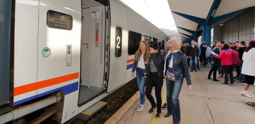 Vlada FBiH: Osloboditi Željeznice FBiH plaćanja putarine na dizel goriva