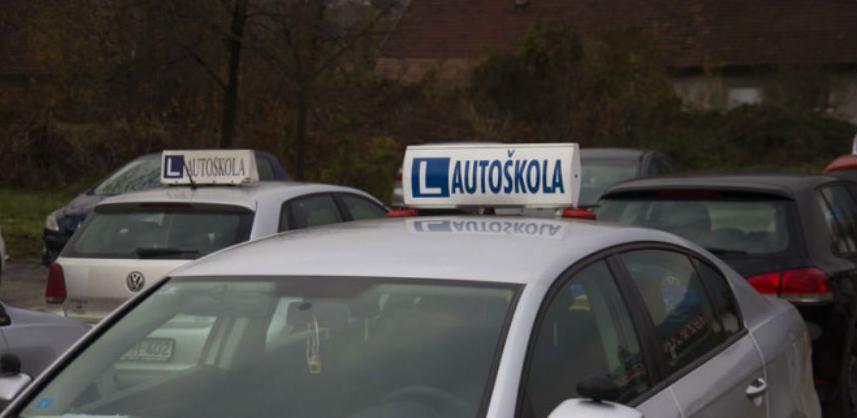 Inicijativa protiv poskupljenja obuke za vozače na čekanju