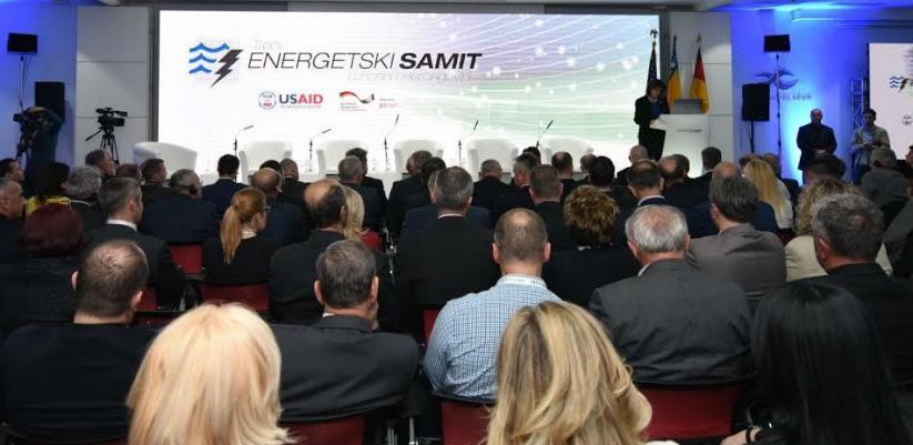Drugog dana energetskog samita BiH u Neumu, u okviru panel diskusije je bilo riječi o slobodnom tržištu električne energije.