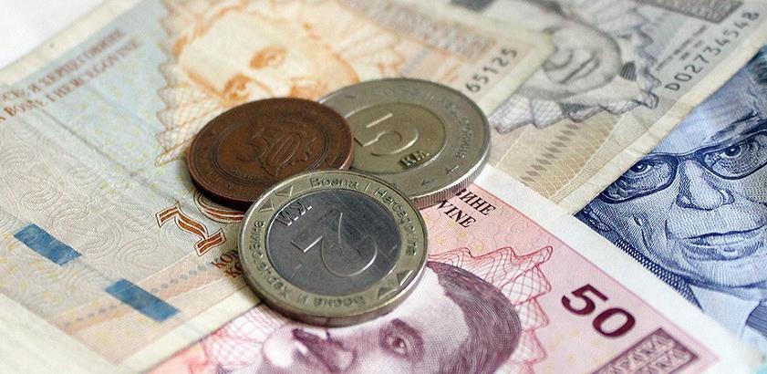 U RS-u najveća isplaćena plata tokom maja iznosila 30.876 KM