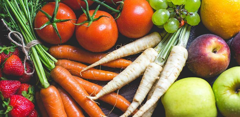Ove vrste voća i povrća su najzagađenije pesticidima