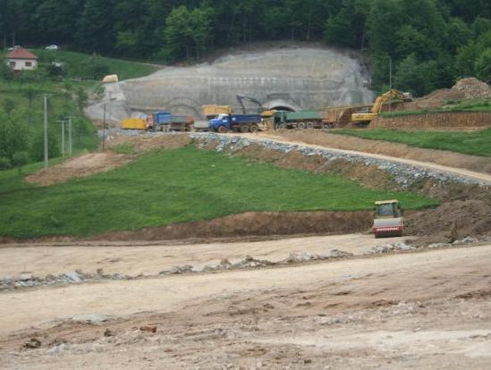 Autoceste FBiH testiraju interes za izgradnju uslužnih objekata na Koridoru