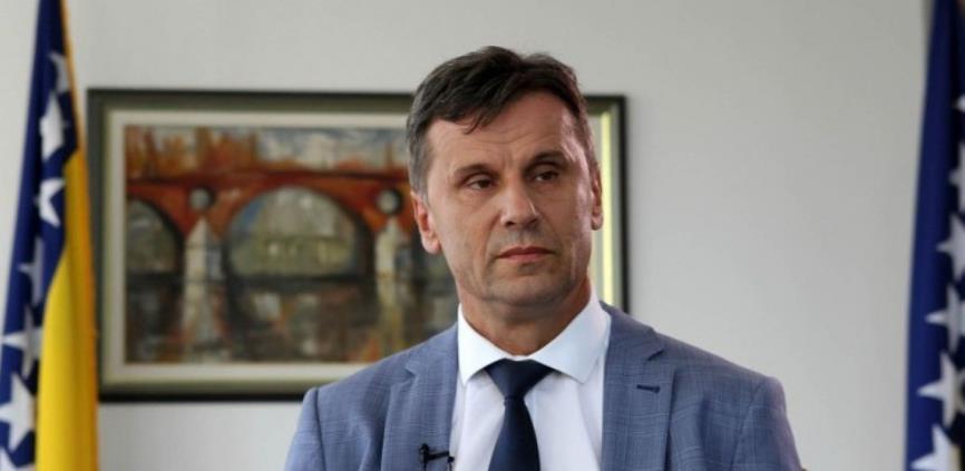 Novalić: ŽFBiH osigurale nesmetan promet robe, biće dovoljno brašna na policama