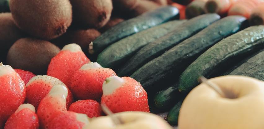 Manje stranog voća i povrća u domaćim korpama