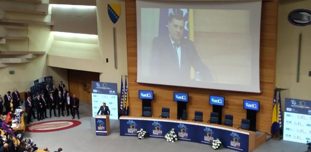 Dodik: Nama trebaju radna mjesta koja su dobro plaćena