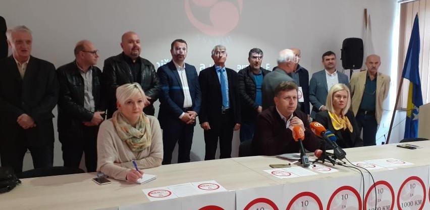 """Počela kampanja """"10 za 1.000 KM"""": SSSBiH traži da najniža plata bude 1.000 KM"""
