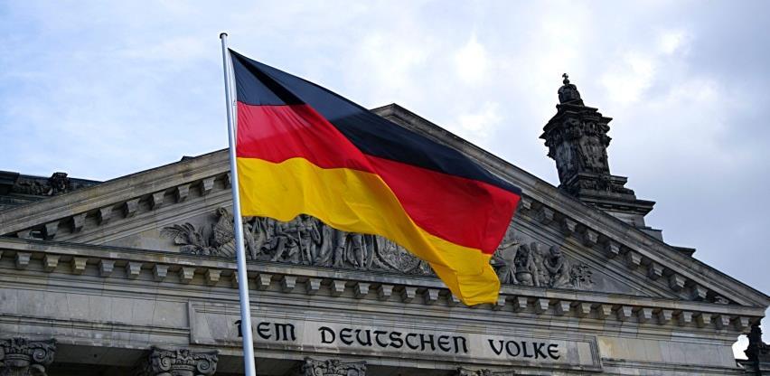 Njemački javni dug porastao na 2.100 milijardi eura