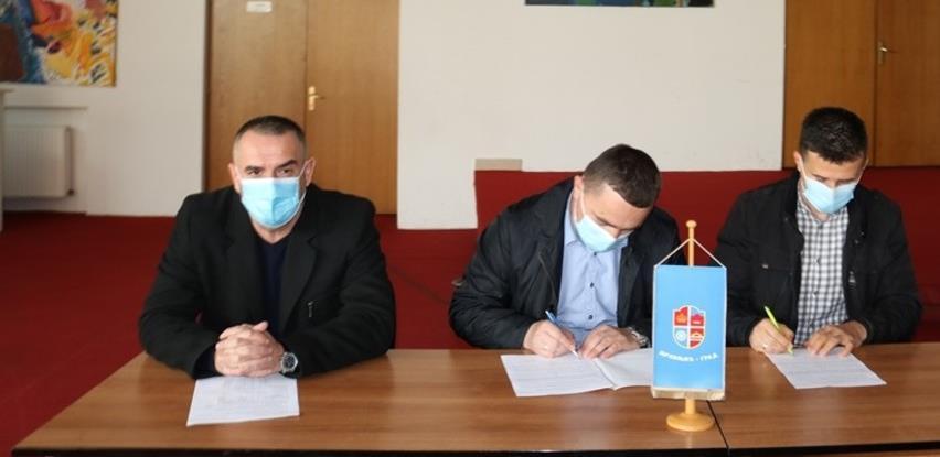 Potpisani poticajni ugovori za pčelare u Mrkonjić Gradu