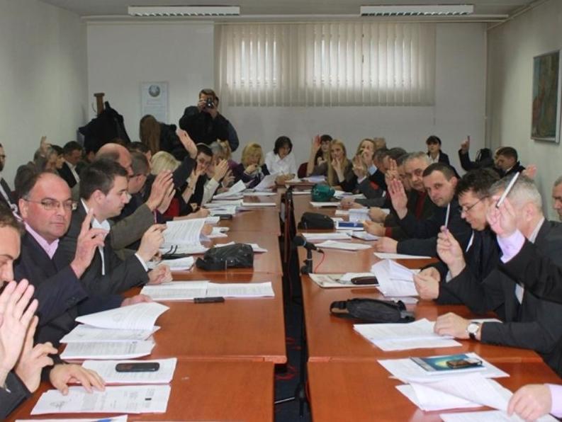Pomoć od 250.000 KM za pokretanje proizvodnje u tuzlanskoj 'Livnici čelika'
