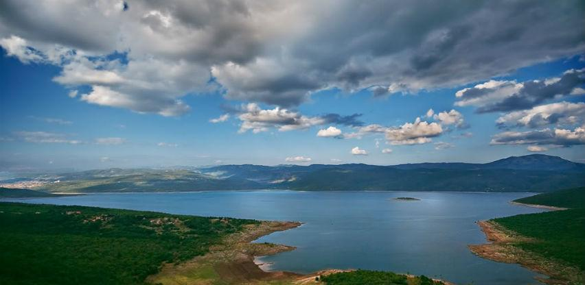Međunarodni plivački maraton u nedjelju na Bilećkom jezeru