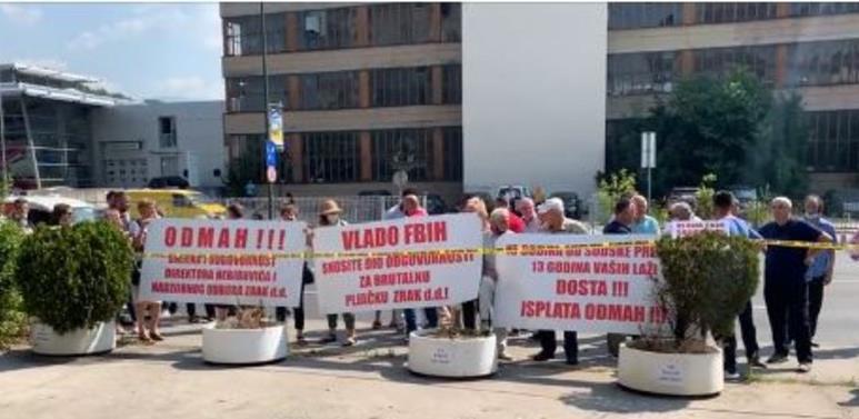 Radnici 'Zraka' pred Vladom FBiH: Postoje indicije da je izvršena velika pljačka