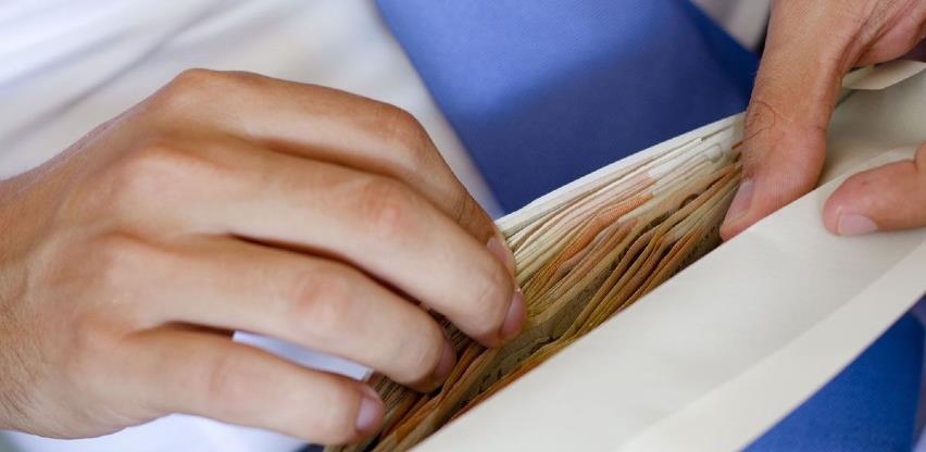 Prosječna neto plaća u FBiH u augustu 1.000 KM, a bruto plaća 1.548 KM