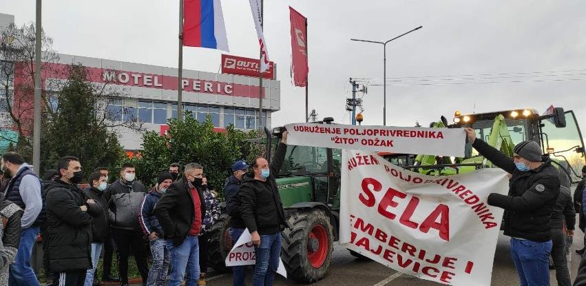 Poljoprivrednici u Bijeljini traže pomoć, u protivnom izlaze na proteste