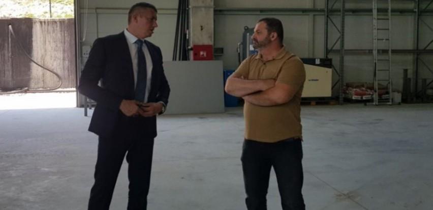 Dopredsjednik Vuković u posjeti firmi Aida Commerce doo