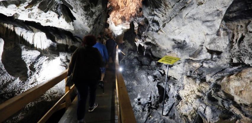 Vaganska pećina: Prirodni dragulj i nekadašnje sklonište partizana(VIDEO)