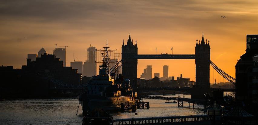 Britanska vlada će subvencionirati plate radnika pogođenih pandemijom