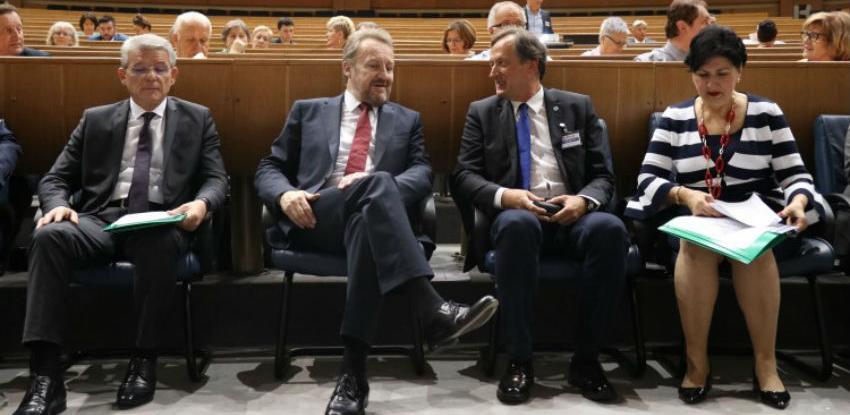 Kongres dijaspore: Godišnje u BiH iz dijaspore dođe više od tri milijarde KM