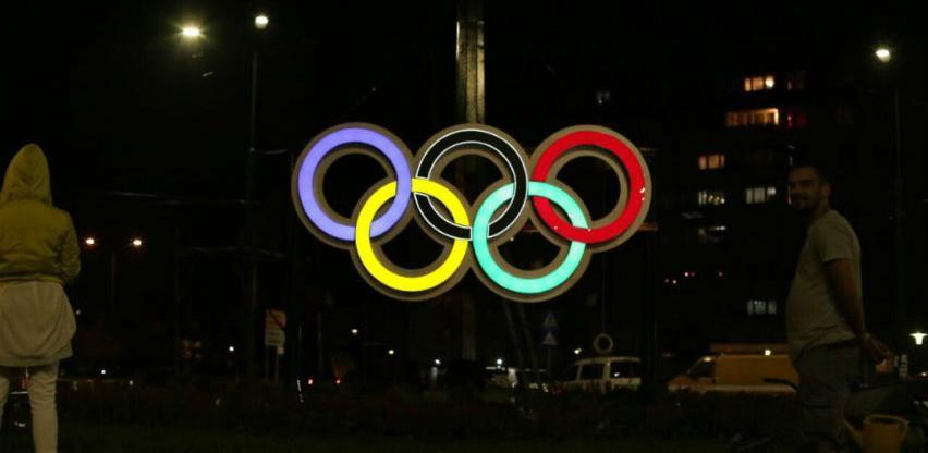 Na Dobrinji postavljeni svjetleći olimpijski krugovi