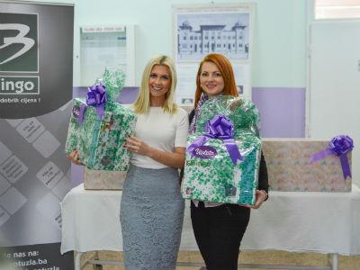 Violeta i Bingo uručili donaciju porodilištu u Brčkom