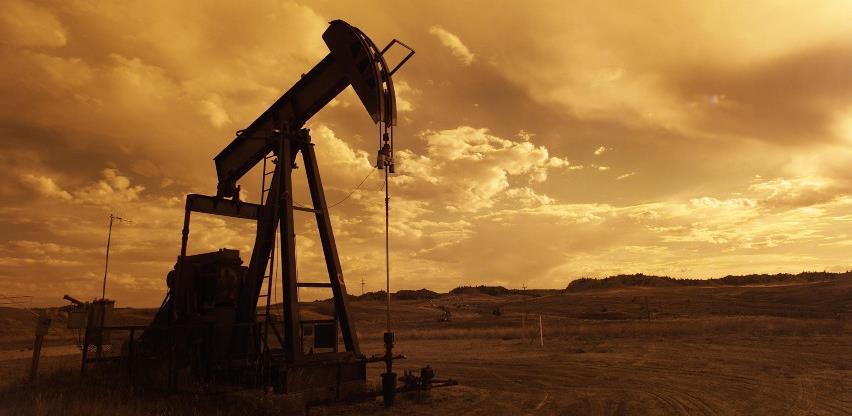 Cijene nafte prošloga tjedna pale više od dva posto zbog slabljenja potražnje