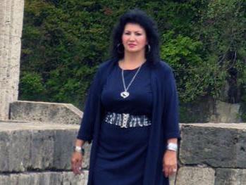Bahrija Hadžialić, interpretatorka sevdalinki: Album u spomen bratu