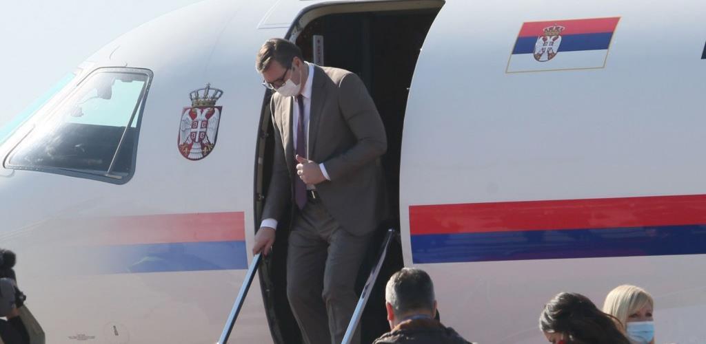 Vučić: Skandalozno bi bilo da COVID pasoši važe samo za vakcine odobrene u EU