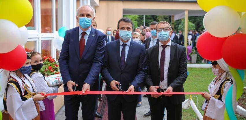 Svečano otvorena školska dvorana u tešanjskoj Jablanici
