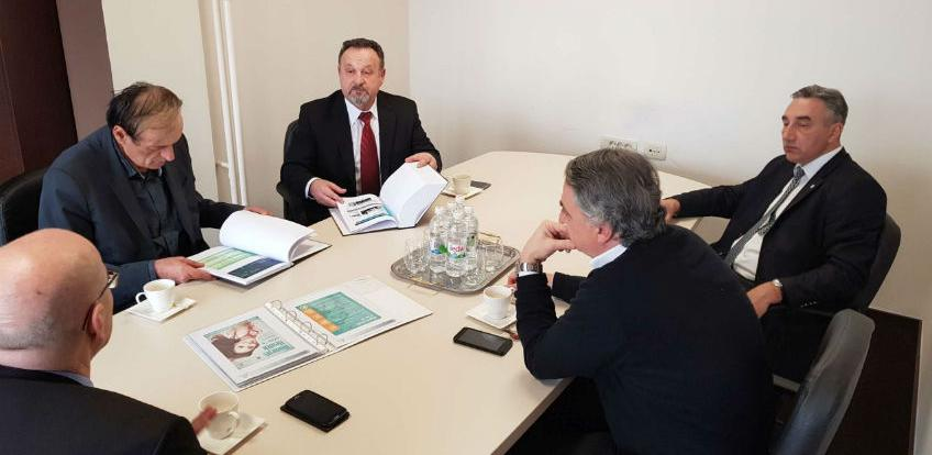 Razmjena pozitivnih iskustava: Ministar zdravstva USK u posjeti INZ-u