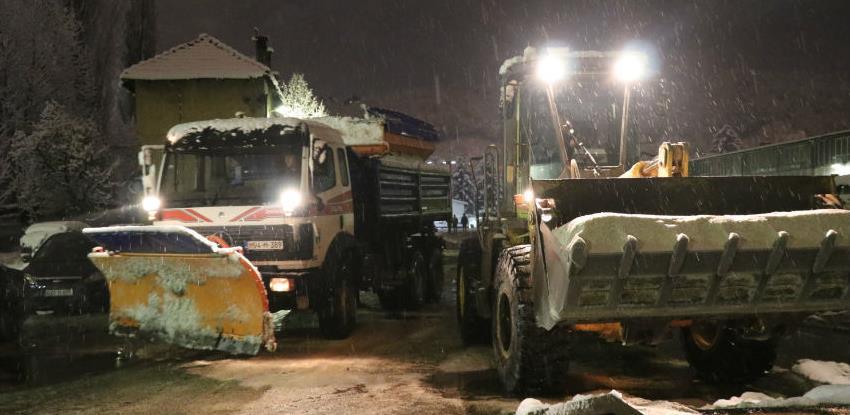 KJKP Rad spremno dočekao snijeg, na terenu ministri Kalem i Kapidžić