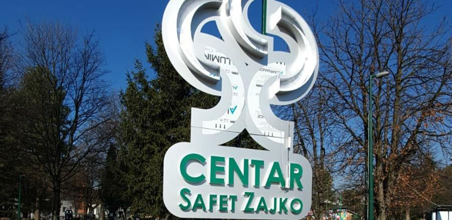 Firma Grizelj postavila novi mobilijar u Centru Safet Zajko