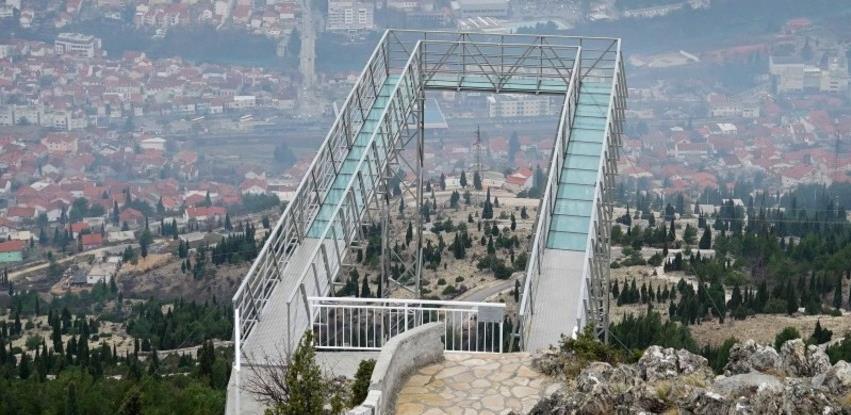 """Nova atrakcija u Mostaru - staklena šetnica """"Skywalk"""""""