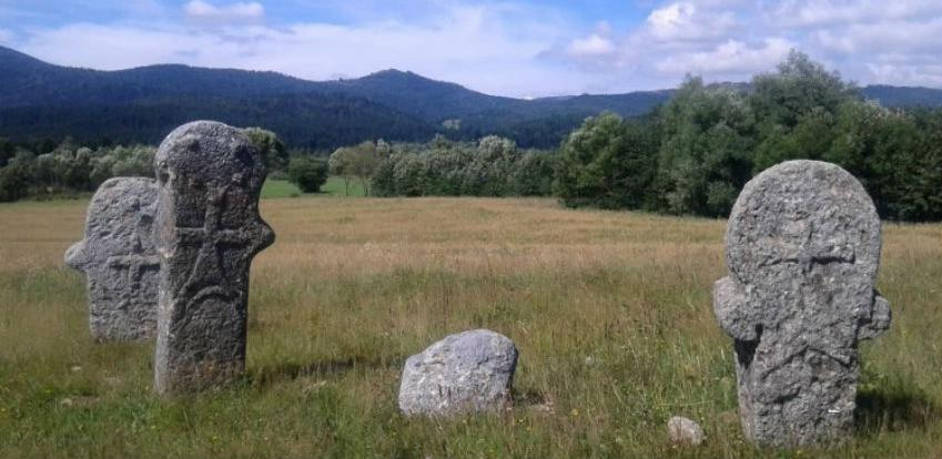 """Inicijativa za uređenje nekropole """"Maculje"""" kod Novog Travnika"""