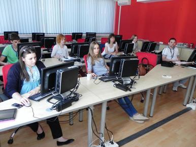 Počela jednomjesečna praksa za 66 studenata i srednjoškolaca IKT-a