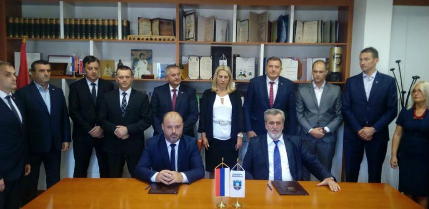 Potpisan ugovor o rekonstrukciji puta Miloševići – Stari Brod
