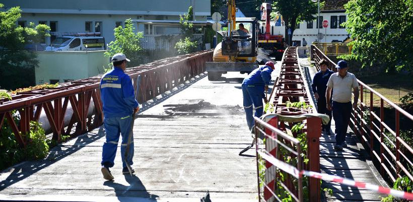 Hidro kop radi na sanaciji mosta u Srpskim toplicama