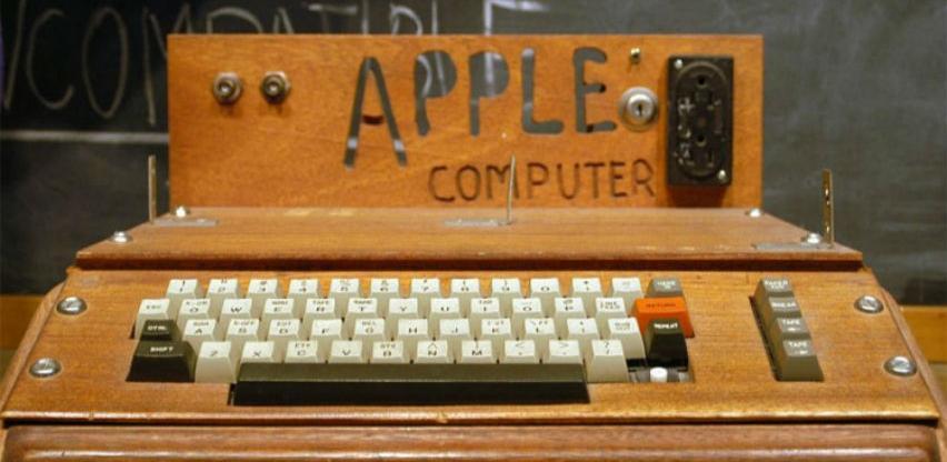 """Legendarna """"prva jabuka"""" prodata za 375.000 dolara"""