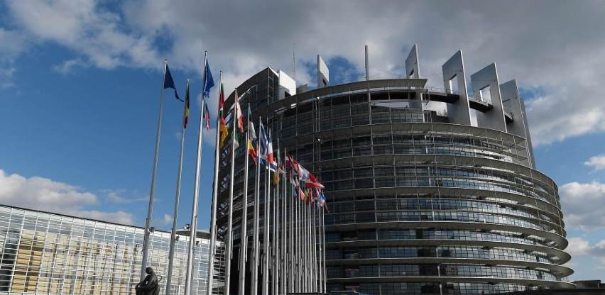 Evropski parlament analizirat će detaljno trgovinski sporazum s Britanijom