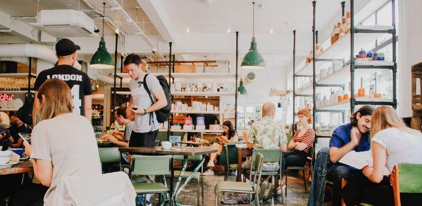 Finska ublažava mjere za restorane zbog uspješne borbe protiv covida-19