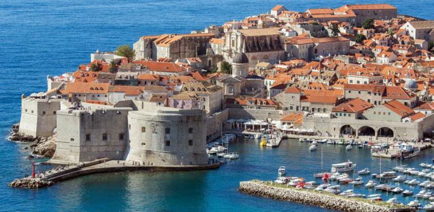 Dubrovnik uvodi petogodišnju zabranu otvaranja novih restorana